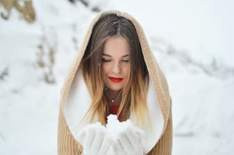 Short Winter Captions