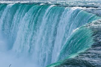 Best Niagara Falls Instagram Captions